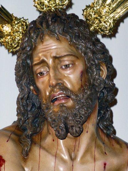 áspero Virgen pequeña en Alcalá de Henares